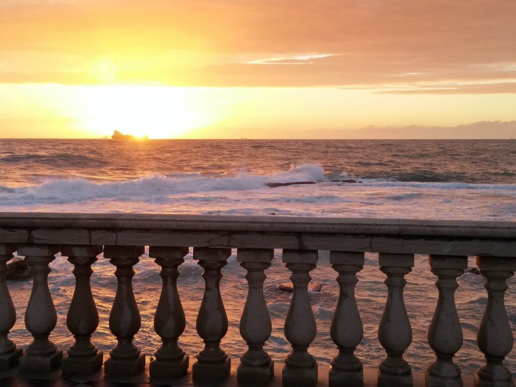 leghorn, sunset, terrace